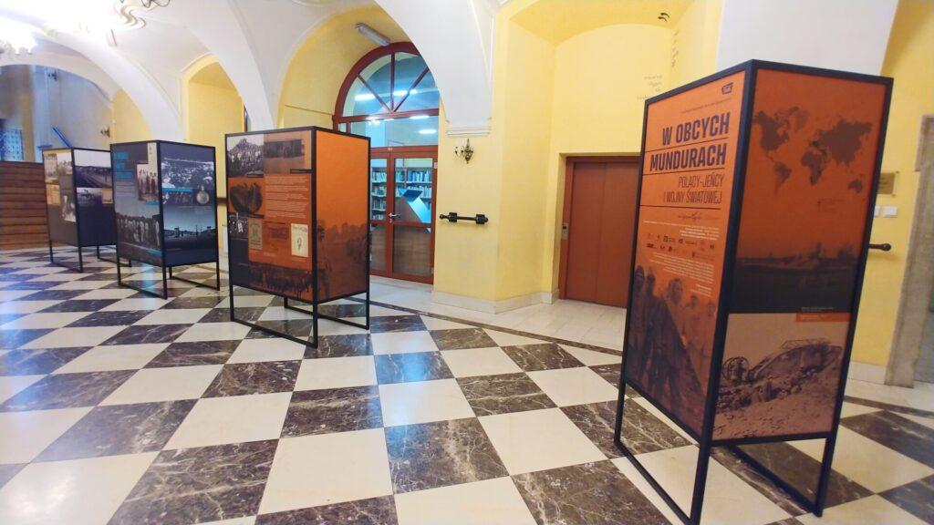 Zdjęcie wystawy: W obcych mundurach. Polacy – jeńcy I wojny światowej