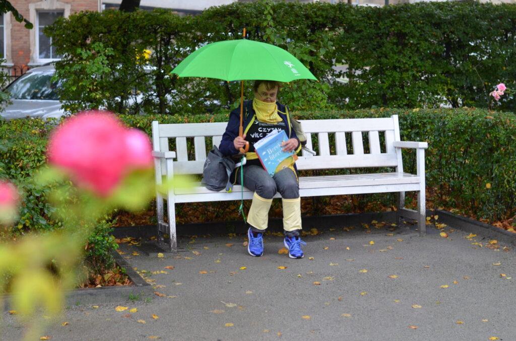 Gra miejska KLIMAT NA CZYTANIE, ogród różany