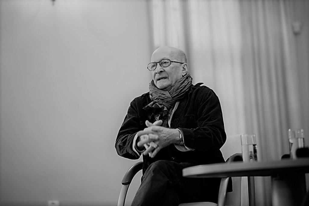 Spotkanie z Gościem Alchemii teatralnej – Wojciechem Pszoniakiem (Sala Cysterska Miejskiej Biblioteki Publicznej – 15.10.2016) Fot. Kamil Gąszowski