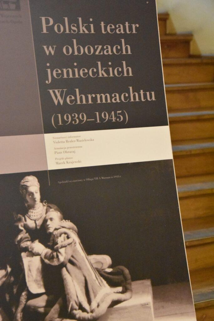 """plansza tytułowa """"Polski teatr w obozoach jenieckich Wehrmachtu (1939-1945)"""