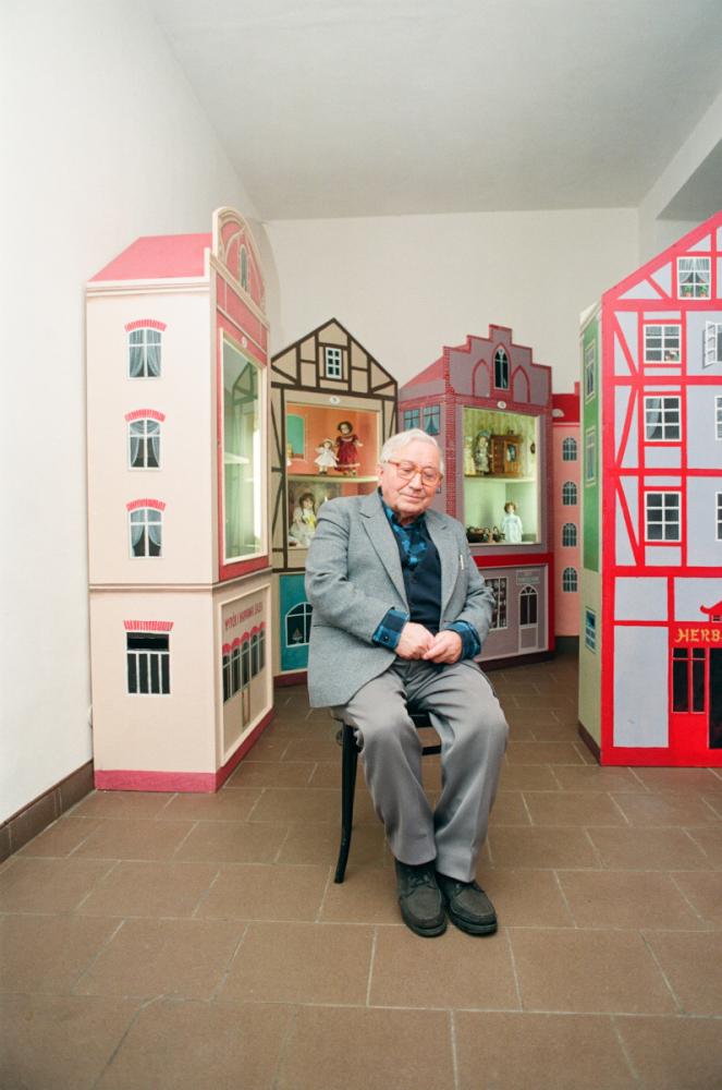 Tadeusz Różewicz w obiektywie Adama Hawałeja