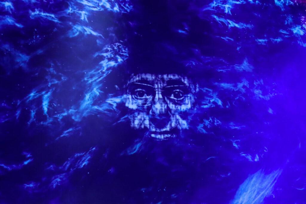 wydarzenie multimedialne 3836 LEM. Było to wydarzenie multimedialne o życiu i twórczości pisarza gatunku SF, Stanisława Lema. Przedstawienie przepełnione muzyką, dźwiękiem, obrazem, światłem i żywym słowem.